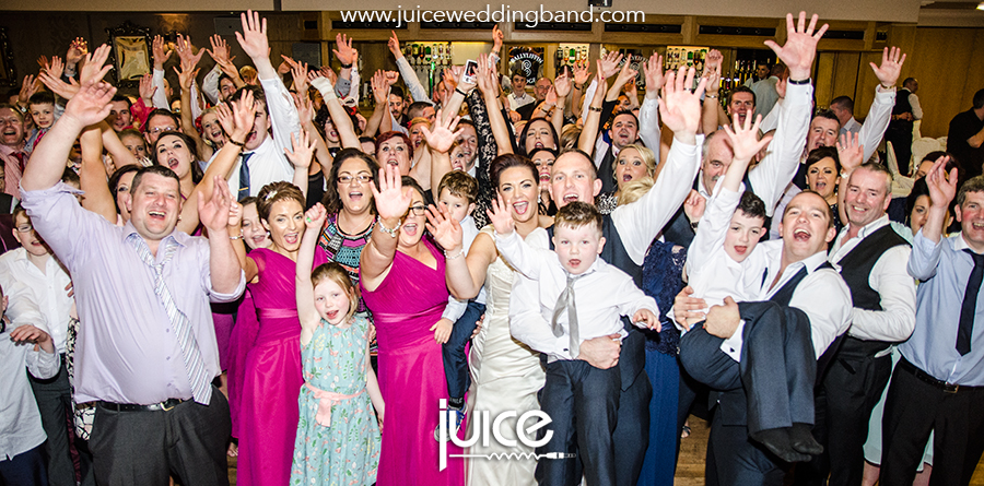 Juice Wedding Band Northern Ireland | pic of Aileen, Dean and their guests