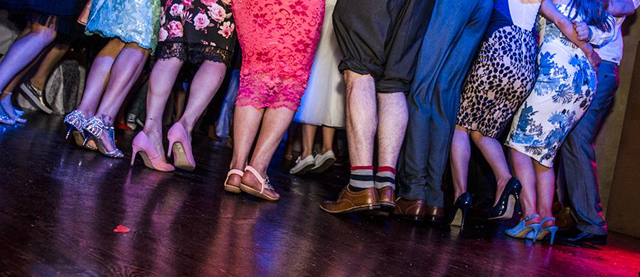 Juice Wedding Band Northern Ireland | pic of circle of people on a dance floor