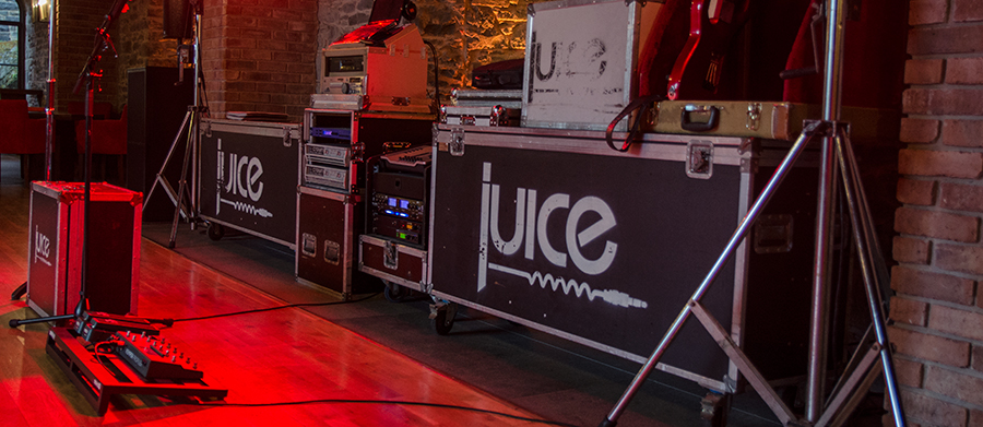 Juice Wedding Band Northern Ireland | pic of the Juice stage setup at Montalto Estate