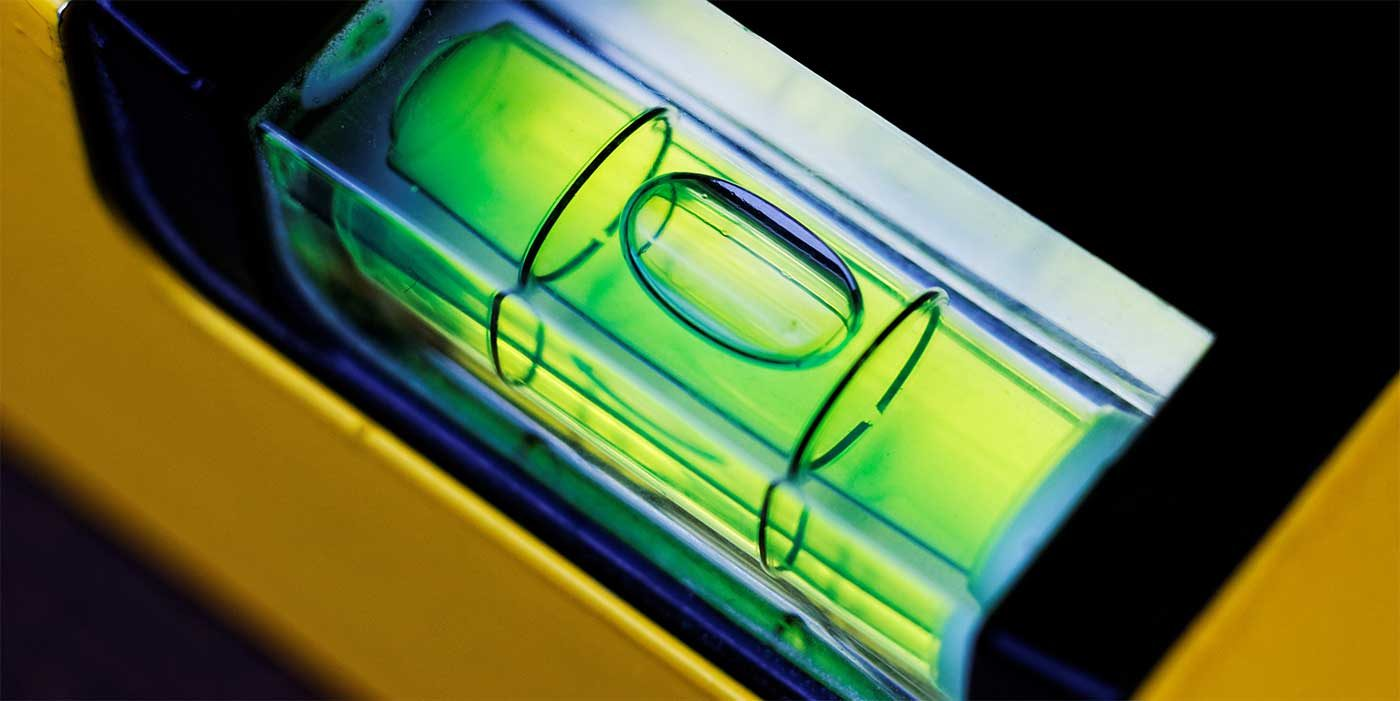 Close up photo of a spirit level bubble