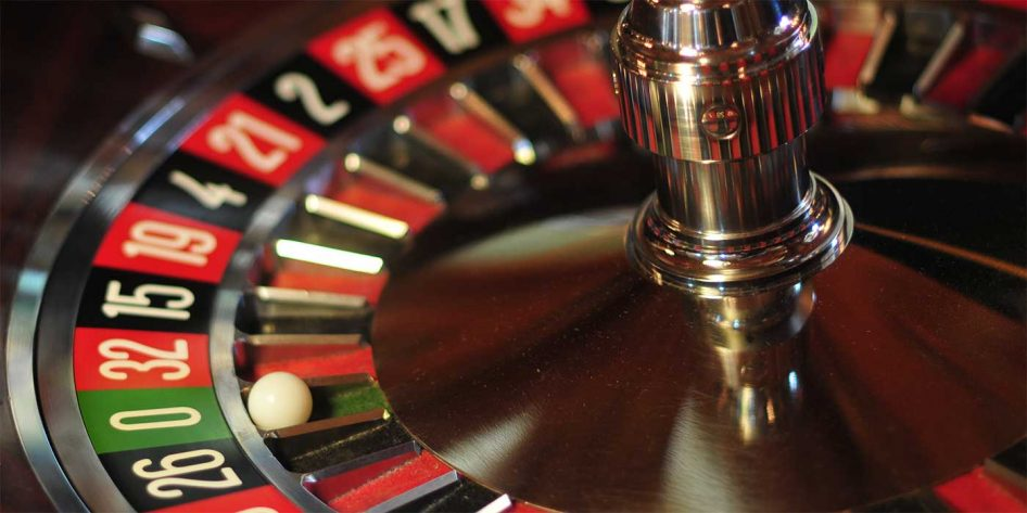 Photo of a roulette table wheel