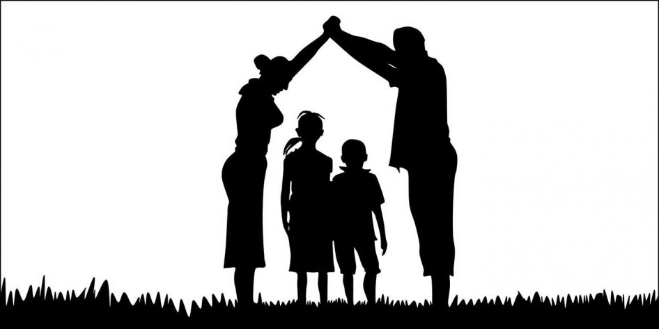 Picture of a family silhouette