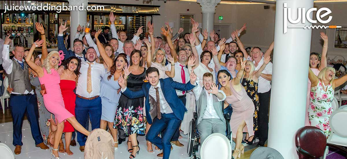Photo of Caoimhe, Vincent and their wedding guests