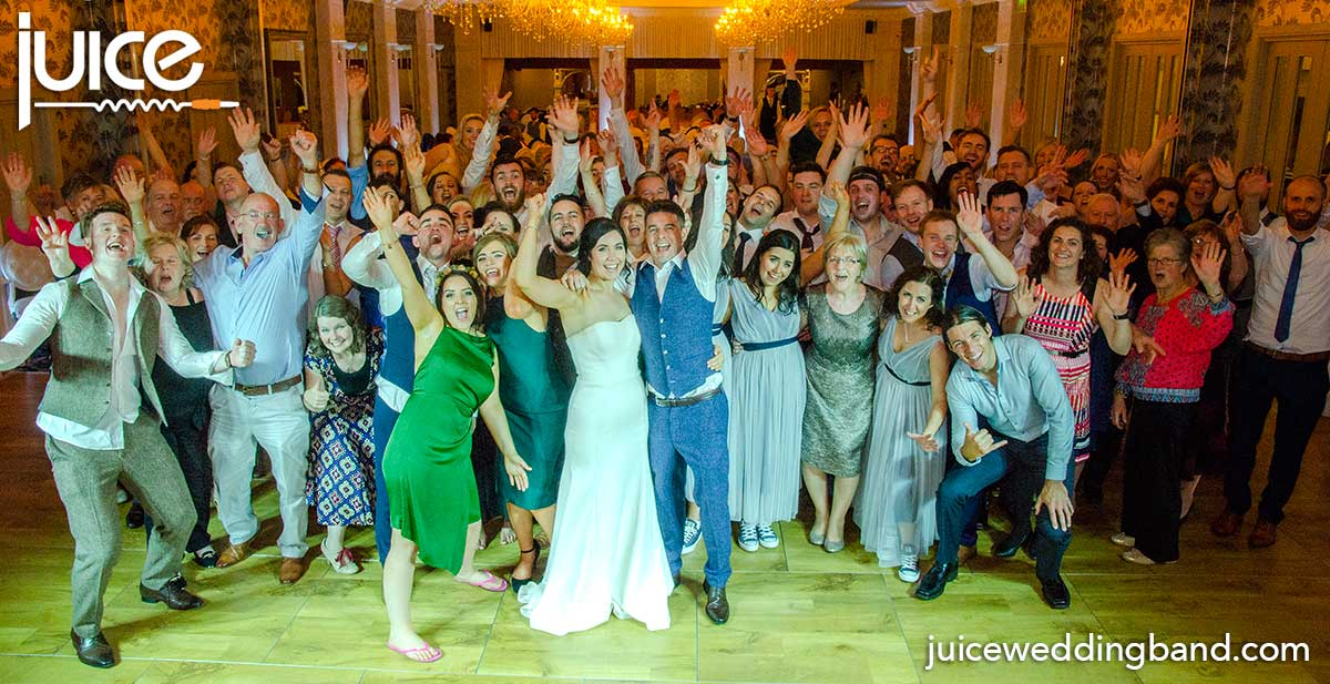 Photo of Grainne, Dan and their wedding guests