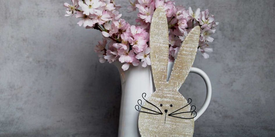 Photo of an Easter bunny and some flowers